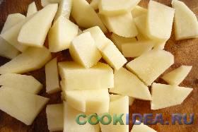 Картофель нужно почисть, помыть и ...