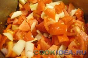 Все овощи выкладываем в кастрюлю, ...