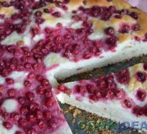 Пирог с начинкой из творога