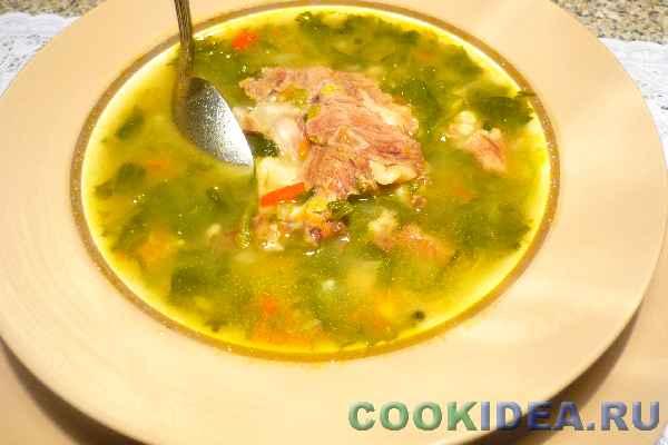Суп мясной со шпинатом